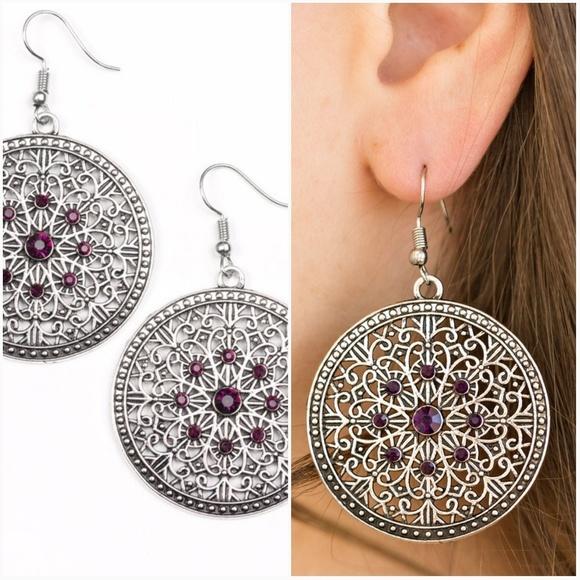 paparazzi Jewelry - CATCH A CHILL PURPLE EARRINGS